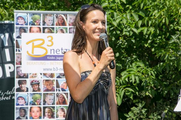 Moderatorin Barbara Fleißner führte gekonnt und charmant durch das Programm