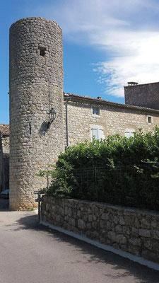 Tour médiévale à Balazuc