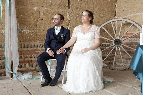 robe-de-mariee-sur-mesure-taille-empire-recouverte-dentelle