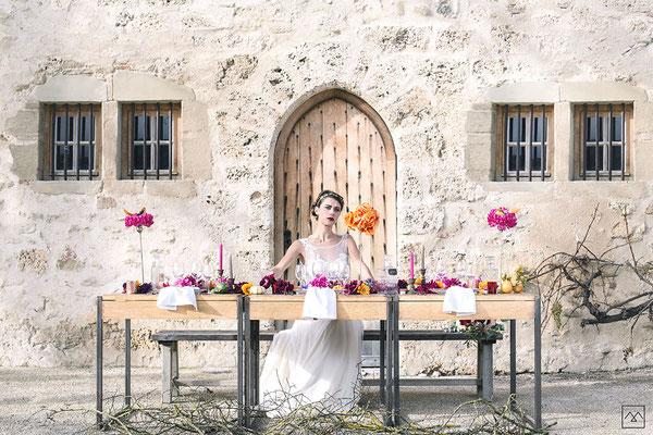 emmanuelle-gervy-robe-de-mariee-broderie-mariage-champetre-couvent-des-carmes-chateau-medieval