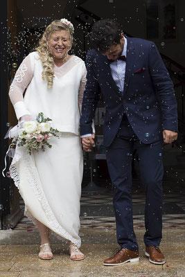 motif-dentelle-familiale-customisation-robe-de-mariée-deux-pièces-top-sur-mesure-emmanuelle-gervy