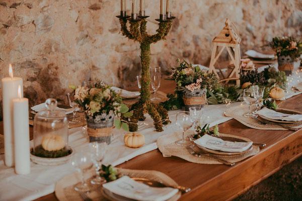 emmanuelle-gervy-inspiration-déco-idée-mariage-boheme-bougies-fleurs-morgenex-grange
