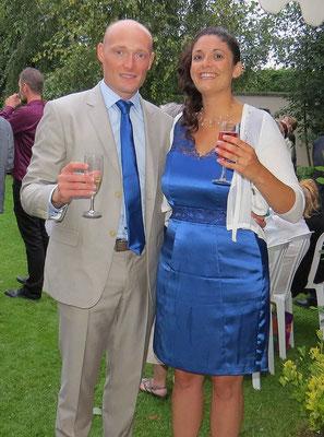 robe-de-cocktail-courte-bleu-satiné-sur-mesure-grenoble-lyon-annecy