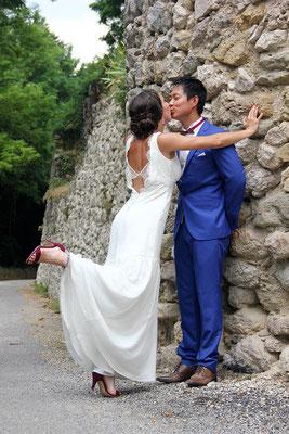 robe-mariage-boheme-bretelles-decoupe-poitrine-dos-nu-creation-grenoble