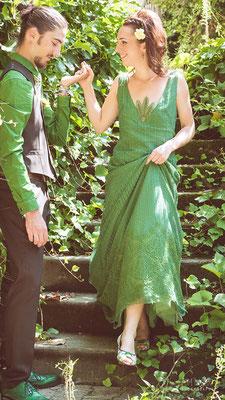 robe-de-mariee-longue-couleur-originale-dentelle-verte-grenoble