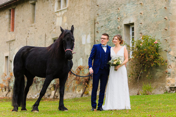 robe-de-mariee-chateau-morgenex-mariage-cheval-boho-mariage-chic