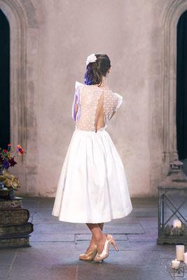 emmanuelle-gervy-robe-de-mariee-courte-style-patineuse-jupon-volume-dos-decollete-mariage-champetre-couvent-des-carmes