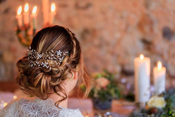 chale-mohair-mariage-hiver-detail-coiffure-chateau-morgenex-emmanuelle-gervy