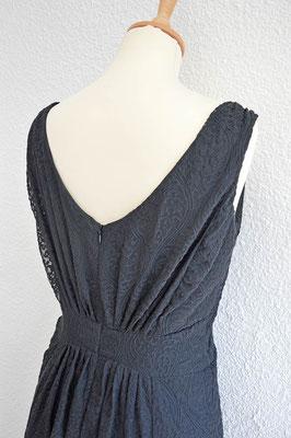 détail-fronces-dos-robe-de-cocktail-noir-emmanuelle-gervy-mariage