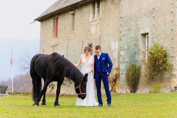 robe-de-mariee-chateau-champetre-mariage-cheval-boheme-emmanuelle-gervy