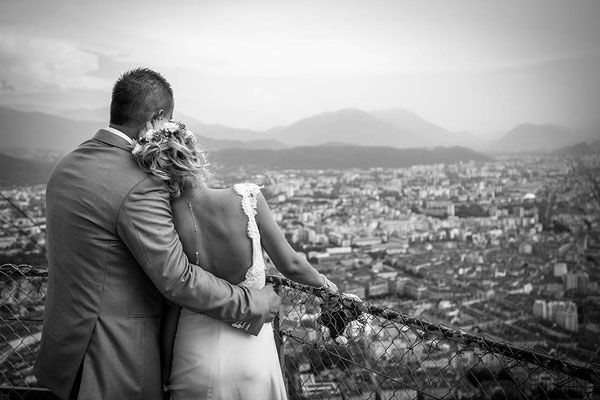 robe-mariage-champetre-decolleté-dos