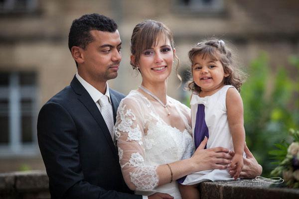 robe-demoiselle-d'honneur-creation-unique-grenoble-violet-et-blanc-avec-detail-noeud-emmanuelle-gervy