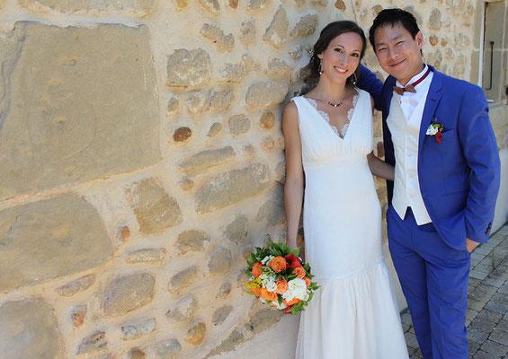 robe-mariage-unique-grenoble-bretelles-decoupe-poitrine-jeu-matières-emmanuelle-gervy