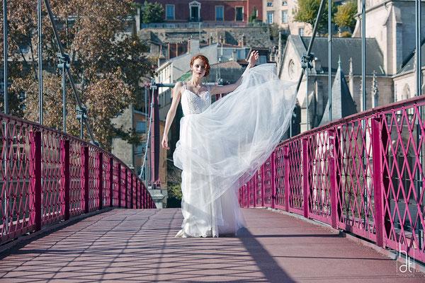 robe-de-mariee-princesse-longue-tulle-décollete-sur-mesure-emmanuelle-gervy-lyon