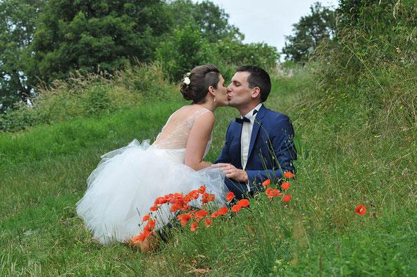 robe-de-mariée-courte-style-rock-champetre-gros-plan-jupon-mouchoirs-tulle-bouffant-emmanuelle-gervy-mariage