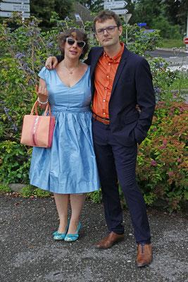 robe-de-cocktail-sur-mesure-style-retro-bleu-glacier-emmanuelle-gervy-mariage