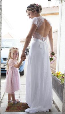 robe-demoiselle-d'honneur-creation-unique-rose-pâle-dentelle-et-tulle-plumetis-sur-mesure-emmanuelle-gervy
