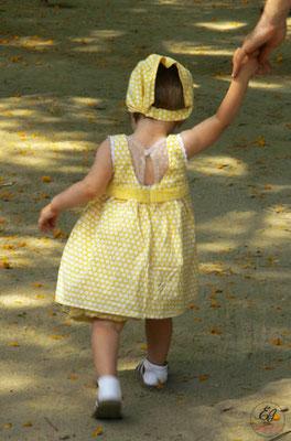 tenue-de-baptême-républicain-sur-mesure-grenoble-lyon-annecy-style-rétro-jaune-pois-blancs-emmanuelle-gervy