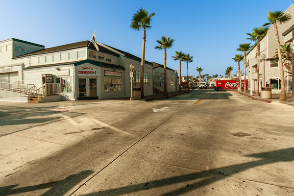 Newport Beach: Corn Dogs 'n Coke