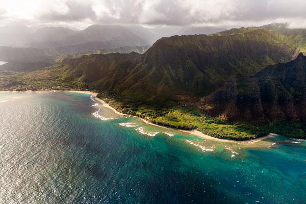 Kauai: Helicopter Flight: Tunnels Beach/Makua Beach