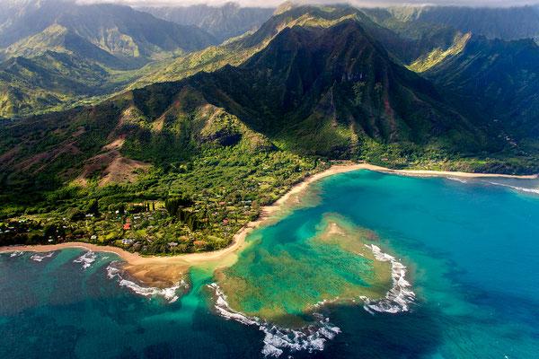 Kauai: Helicopter Flight: Tunnels Beach, Makua Beach