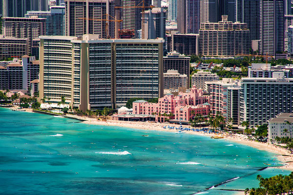 Oʻahu: View from Diamond Head: Waikīkī / Honolulu