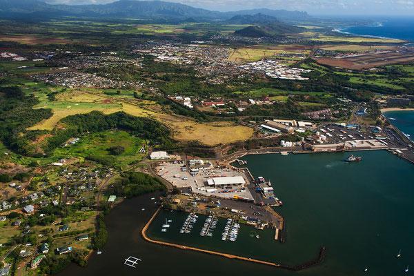Kauai: Helicopter Flight: Nāwiliwili Harbor