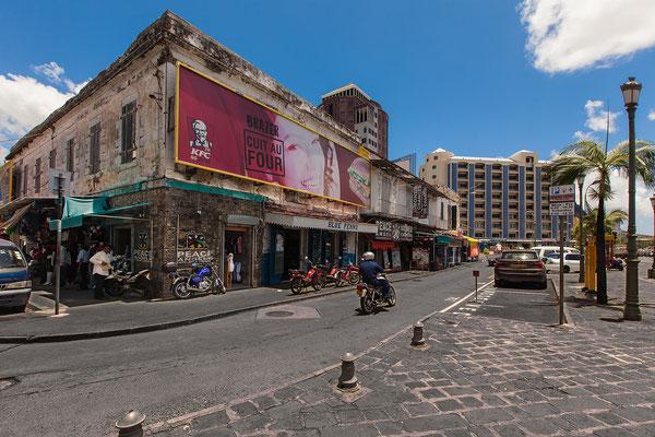 Port Louis:  Marché central // Central Market