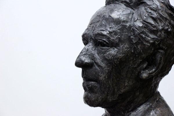 Buste, Buste d'après photos, sculpture, Jean Cocteau, sculpteur Langloÿs