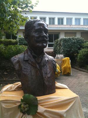 Buste, en bronze de Daniel Iffla Osiris, Ecole d'Œnologue à Bommes, Sculpteur, Langloÿs