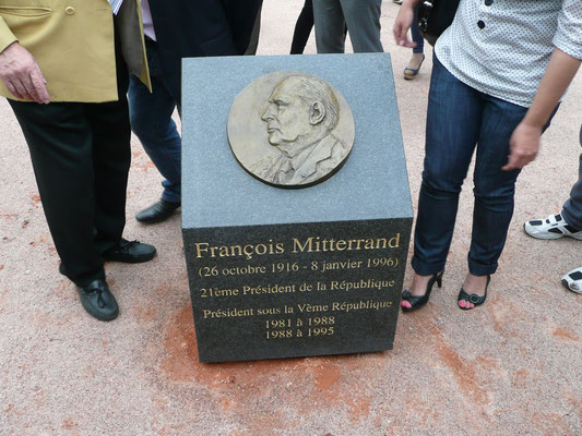 Buste , Sculpteur, Langloys, Bronze, Bas Relief, Mitterrand