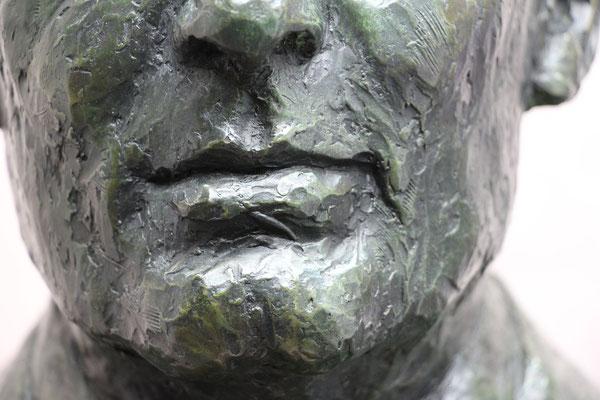 Bust,e en bronze du Dr Piton, à Plémet, Sculpteur, Langloÿs