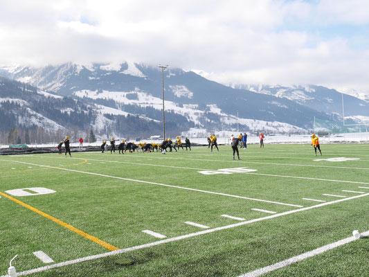 American Football Trainingslager zur Saisonvorbereitung