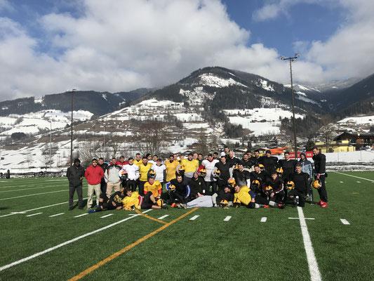 American Football Mannschaft beim Trainingslager