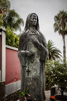 Sierva de Dios María de Jesús. Bronce. 1986. El Sauzal, Tenerife