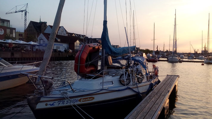 mit dem Segelboot in Rostock