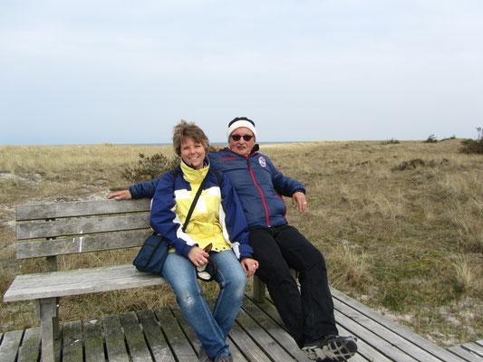 Dunja und Stephan auf dem Rundweg auf dem Darß