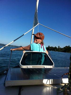 Auf dem Segelboot am Bodensee