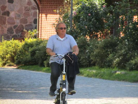 Stephan Havemann auf dem Rad am Kap Arcona
