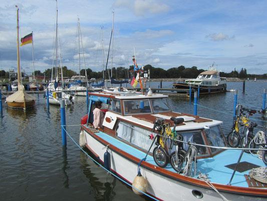 Unser Boot Jonathan im Hafen vom Barther Yachtservice