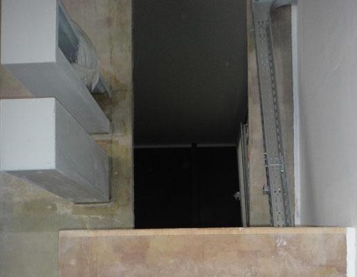 Treppenaufgang zum Badezimmer