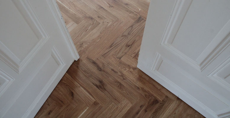 Lüttmers Natur.bau     Lehmbau. Parkett u. Fußbodentechnik.     Neu verlegung . Restauration  Holz und  Natur-böden Handel.