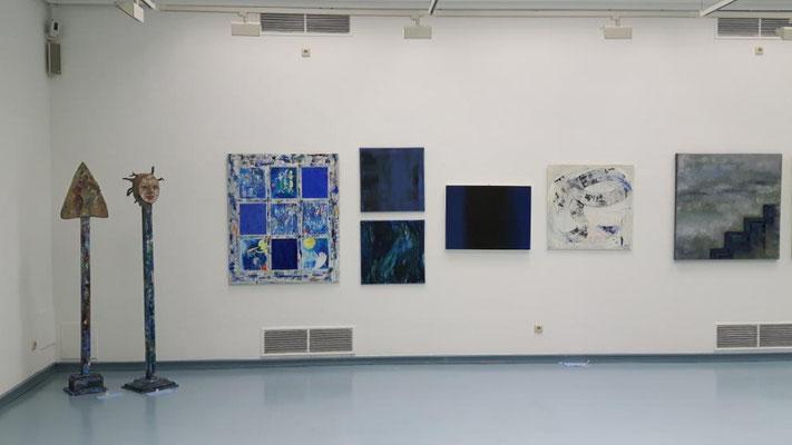 """Ausstellung """"BLAU"""" Kunstkreis Siegerland 2017, Haus Seel, Objekte von Anne Schlabach"""