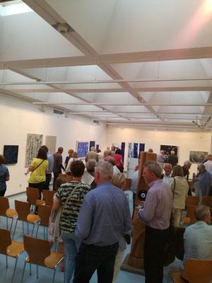 """Ausstellung """"BLAU"""" Kunstkreis Siegerland 2017, Haus Seel, Eröffnung, große Besucherresonanz"""