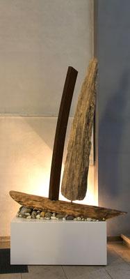 Wolfram Gaffron  Zuneigung- gestrandet / Holz/ Stahl