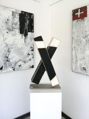 Reiner Olesch, Kreuz, Holz/Acryl,Edelstahl