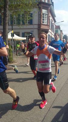 Sabine auf Bestzeitenkurs: Halbmarathon in 1:48 Std.