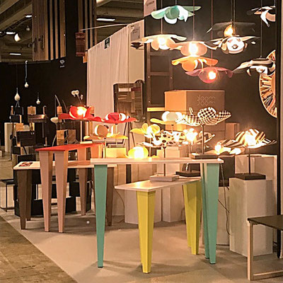 Bloomboom - Lampe Fleur, Flowerlamp, Suspension, lampe à poser, Console, made in France, artisanal, exposition, Design Fair Paris, interieor design, décor, luminaires, made in france, création François-Marie Gérard et Irma Birka, pop, podesign, 60ies