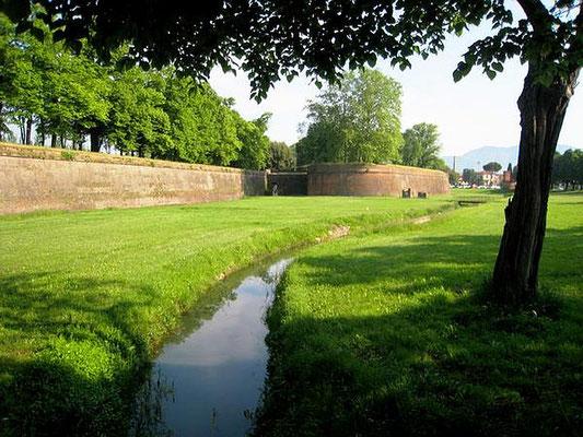 Stadmauer ca. 5 km lang