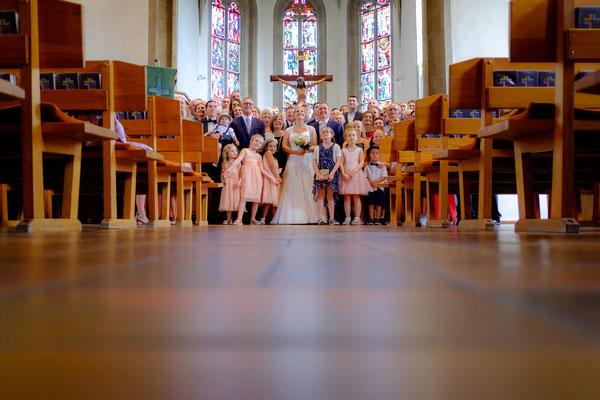 Hochzeitsbild Altar Kirche Berglen